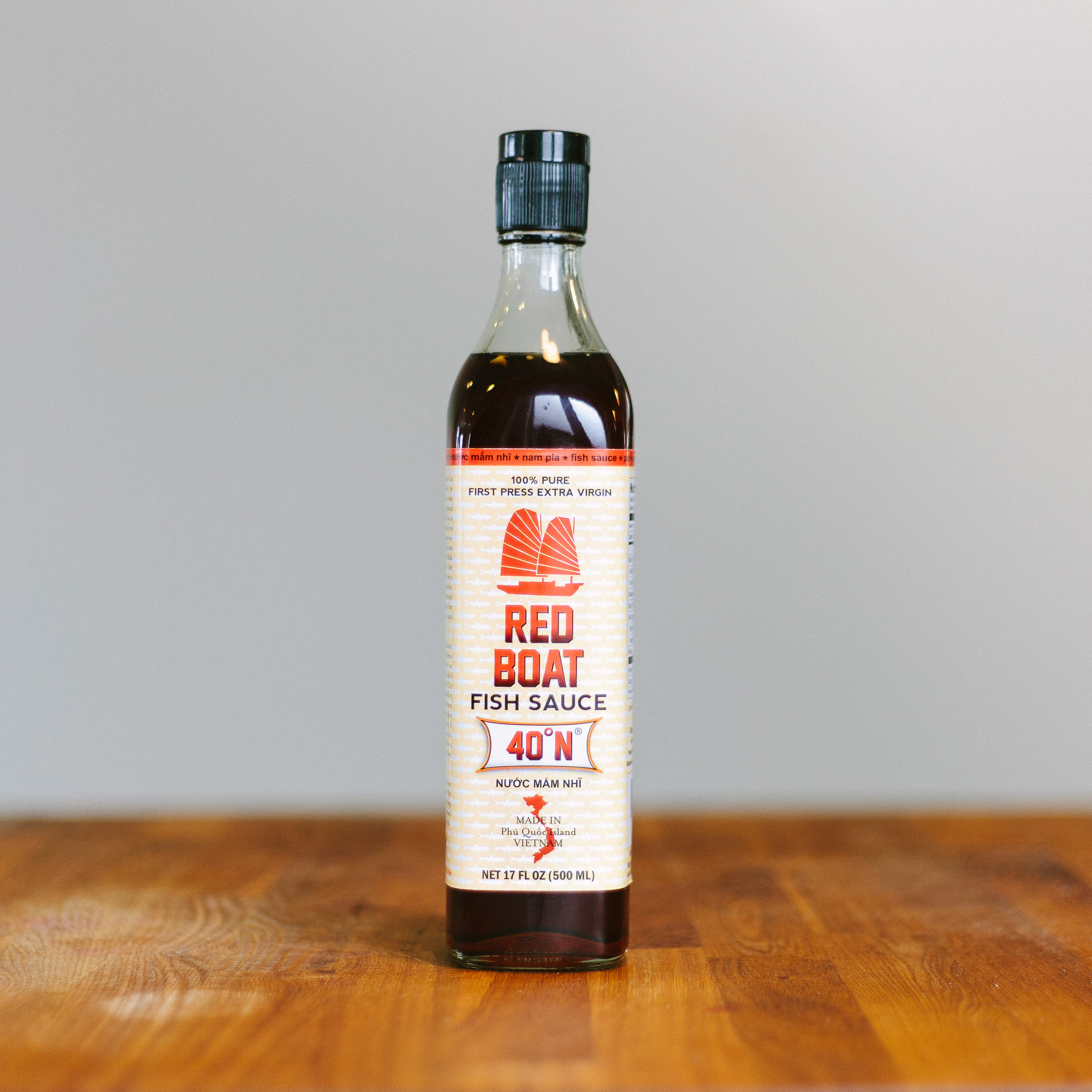 Fish sauce taste test 13 brands compared our daily brine for Red fish sauce